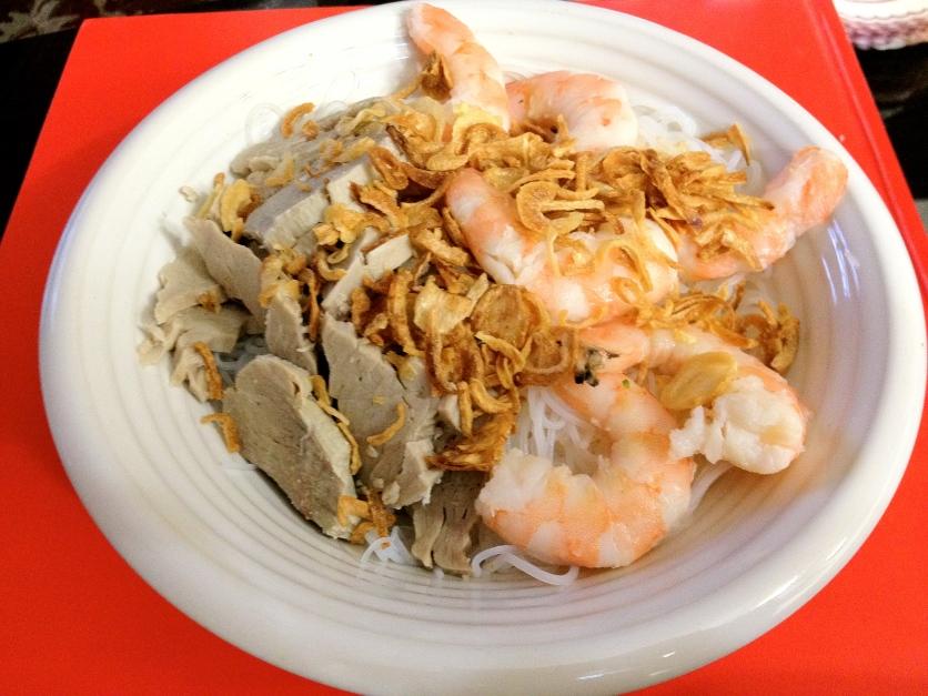 Cold Bún, Shrimp, Pork, and Fried Onions