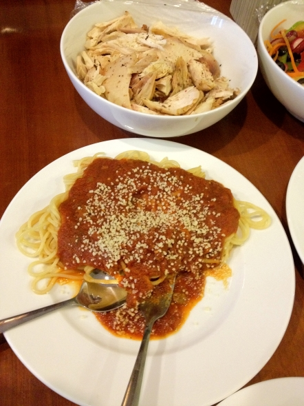 Spaghetti with Shredded Chicken