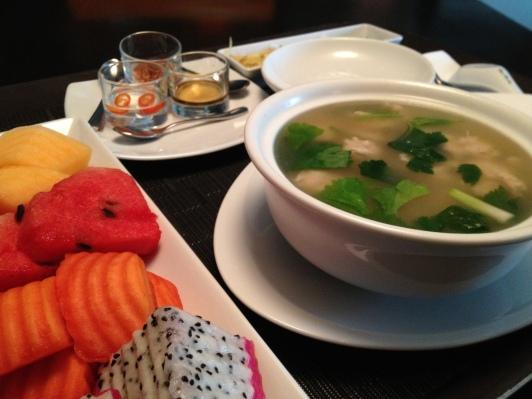 Khao Tom Gai, Fresh Fruit Platter