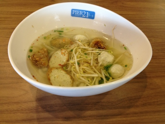 Short Noodles with Fishball Soup