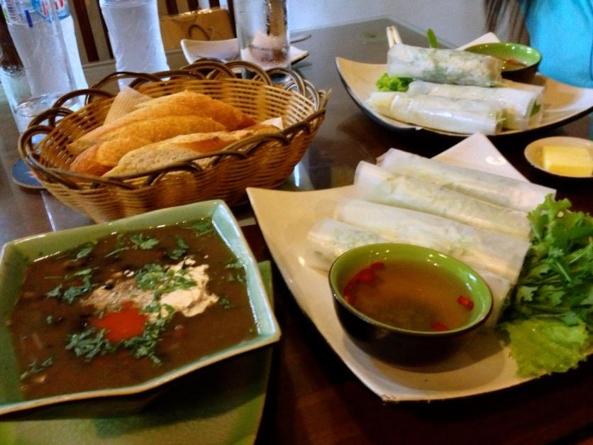 Black Bean Soup, Nem Cuốn Tôm