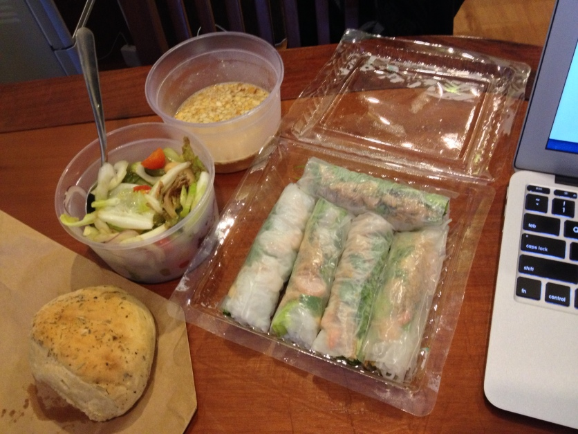 Summer Rolls, Mixed Salad w/Tuna, Bread Roll