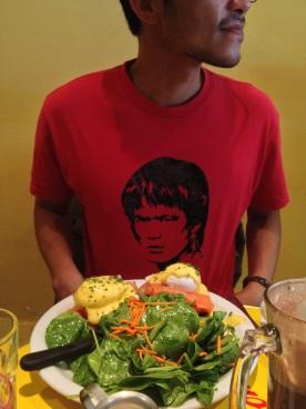 Bruce Lee Eating