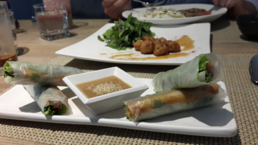 Spring Rolls w/Grilled Pork Patties